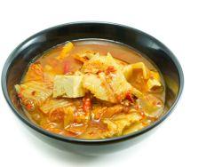 Kim-Chi-Suppe mit Tofu bei Erkältung