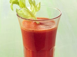 Paprika-Cocktail rote Smoothies