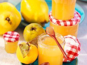 Quittengelee mit Orangensaft
