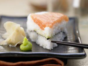 diy sushi torte eat smarter. Black Bedroom Furniture Sets. Home Design Ideas