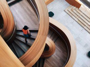 Fitnessgeräte, die keinen Cent kosten: Treppen steigen