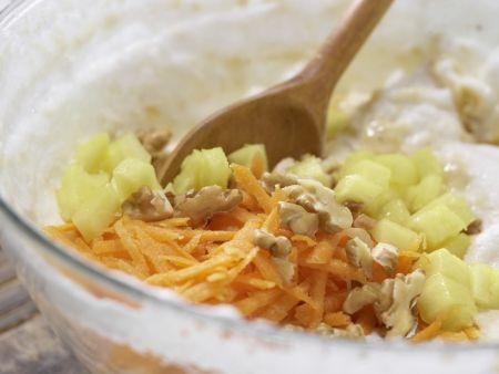 Ananas-Möhren-Kuchen: Zubereitungsschritt 6