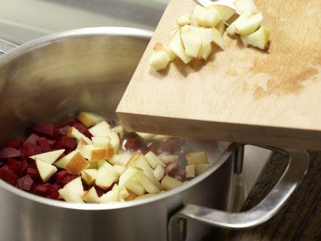 Apfel-Holunder-Suppe: Zubereitungsschritt 4