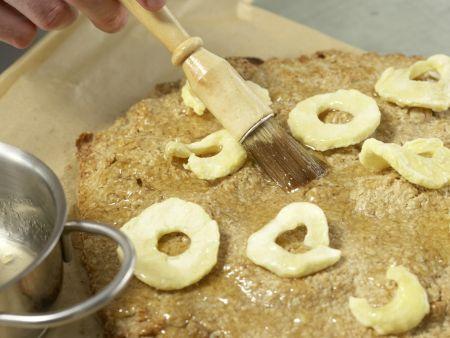Apfel-Walnuss-Schnitten: Zubereitungsschritt 10