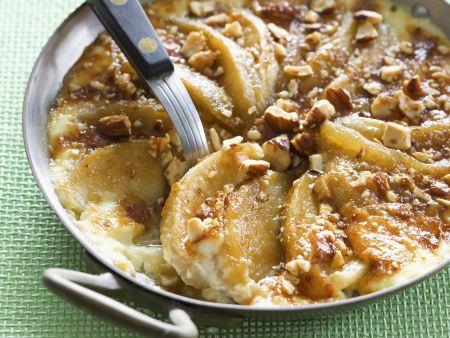 Apfelauflauf mit Haselnüssen und Calvados