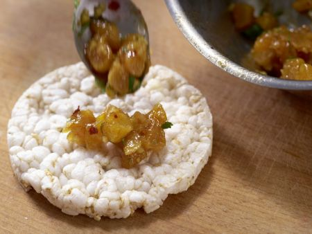 Aprikosen-Chutney auf Reiswaffel: Zubereitungsschritt 5