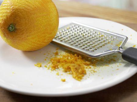 Aprikosenaufstrich mit Mandeln: Zubereitungsschritt 1