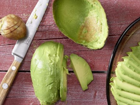 Asiatischer Avocadosalat: Zubereitungsschritt 3