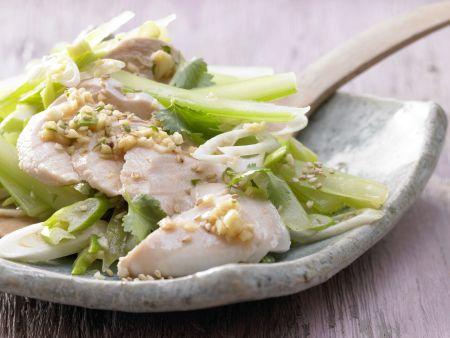 Asiatischer Hähnchensalat
