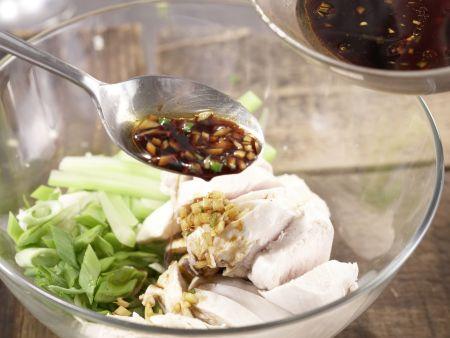 Asiatischer Hähnchensalat: Zubereitungsschritt 11