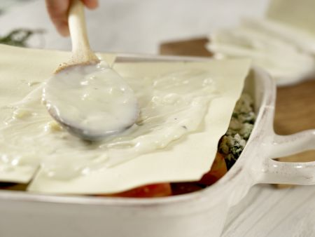 Auberginen-Lasagne: Zubereitungsschritt 12