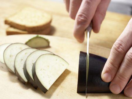 Auberginenbrei mit Zwieback: Zubereitungsschritt 2