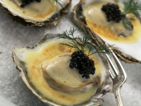 Austern a la creme mit Kaviar