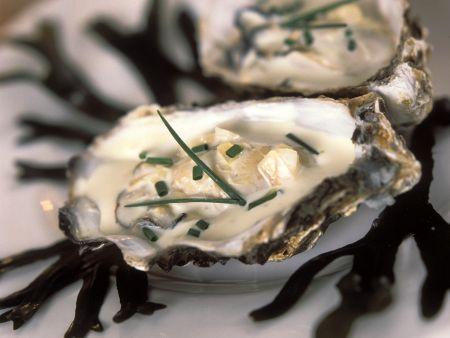Austern in Sahnesauce