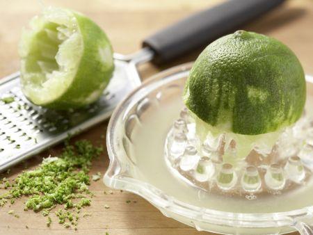 Avocadocreme auf Vollkornbrot: Zubereitungsschritt 1