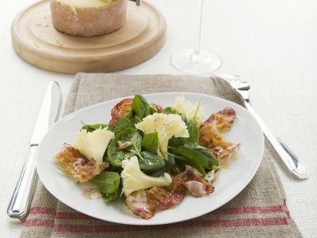 Bacon mit Spinatsalat und Tête de Moine
