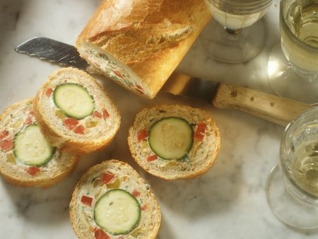 Baguette mit Gemüsefüllung