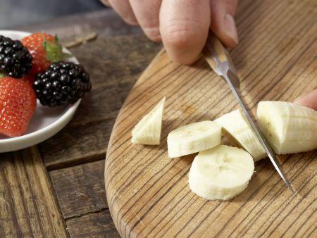 Bananen-Beeren-Brei mit Hirse: Zubereitungsschritt 2