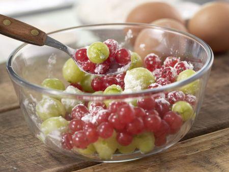 Beeren-Baiser-Kuchen: Zubereitungsschritt 1