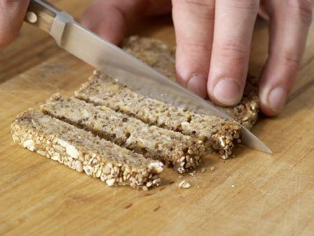 Beerenquark mit Brotsticks: Zubereitungsschritt 3