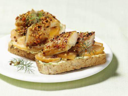 Belegtes Brot mit Räuchermakrele