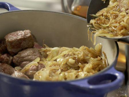 Belgischer Rindfleischtopf: Zubereitungsschritt 5