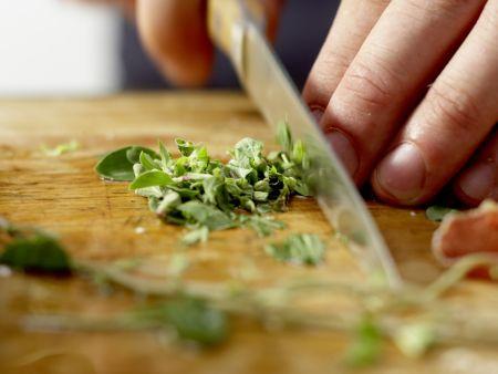 Birnen-Pizza mit Bündner Fleisch: Zubereitungsschritt 3