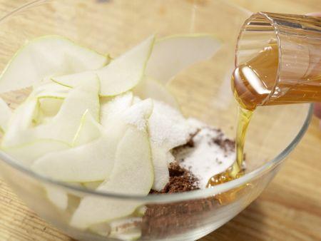 Birnenstrudel mit Haselnüssen: Zubereitungsschritt 2