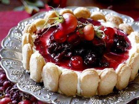 Biskuittorte mit Obst