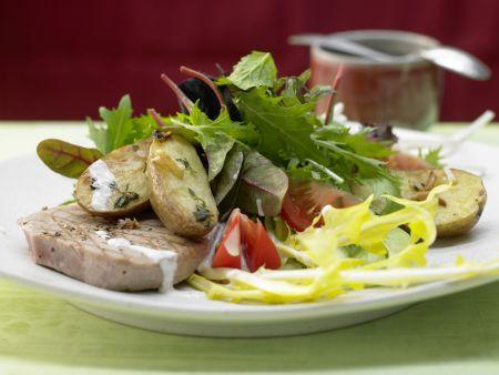 Blattsalate in Pfefferdressing