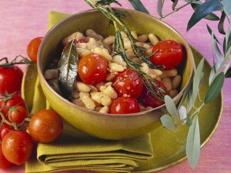 Bohnen mit Rosmarin und Tomaten