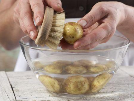 Bohnengemüse mit Schnitzel: Zubereitungsschritt 1