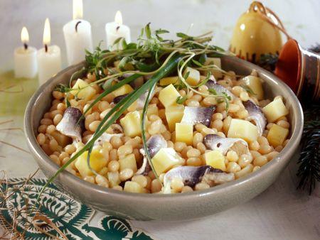Bohnensalat mit Hering und Kartoffeln zu Weihnachten