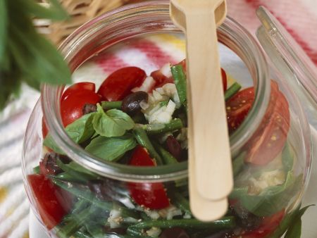 Bohnensalat mit Tomaten und Oliven