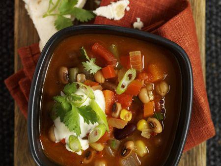 Bohnensuppe auf mexikanische Art