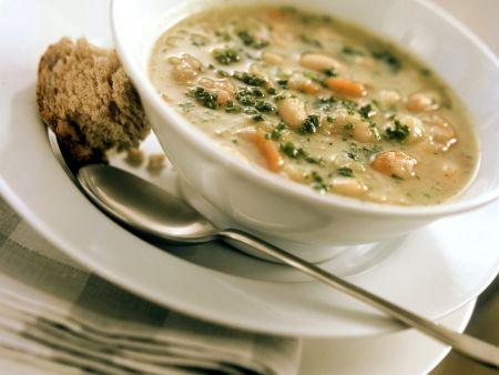Bohnensuppe mit Kartoffel