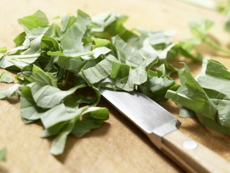 Bohnensuppe mit Quarkklößchen: Zubereitungsschritt 9