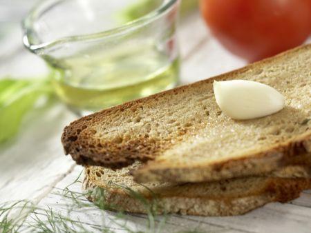 Bornholmer Brotsalat: Zubereitungsschritt 1