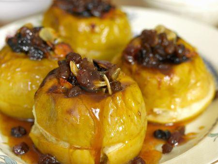 Bratäpfel mit Rosinen und Honig
