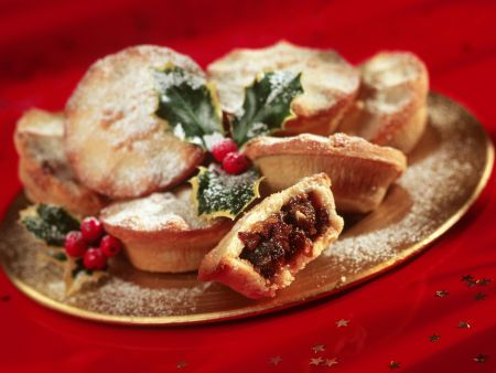 Britische Weihnachtsküchlein mit Trockenobst (Mince Pies)