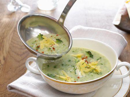 Brokkoli-Gemüse-Suppe