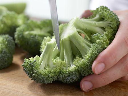Brokkoli-Lauch-Gemüse: Zubereitungsschritt 1