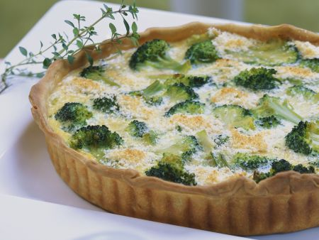 Brokkoli-Walnuss-Quiche