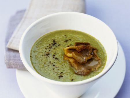 Rezept: Brokkolicremesuppe mit gebratenen Austernpilzen