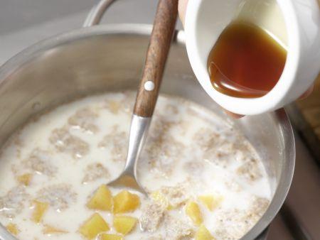Brotbrei mit Aprikosen: Zubereitungsschritt 4
