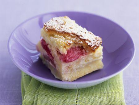 Rezept: Brotpudding mit Rhabarber auf englische Art