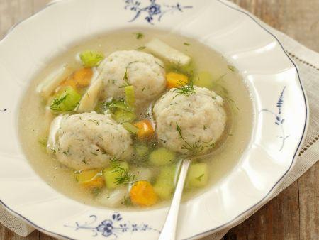 Rezept: Brühe mit Fischbällchen und Gemüse