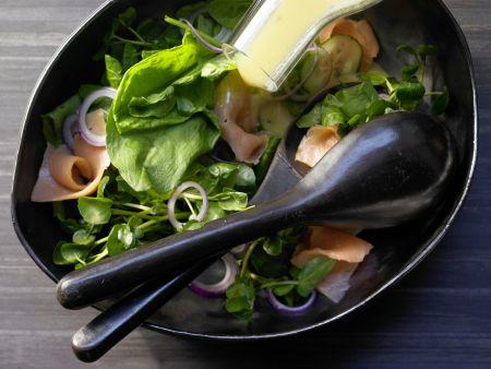 Brunnenkresse-Gurken-Salat