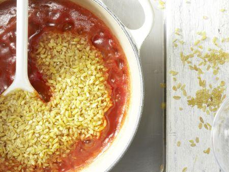Bulgur-Paprika-Salat: Zubereitungsschritt 1
