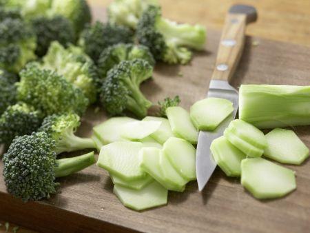 Bulgurpfanne mit Erdnüssen: Zubereitungsschritt 2